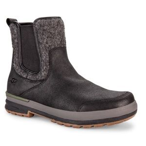 UGG Other - •FINAL PRICE DROP• RARE $320 UGG AMAZING SNOW BOOT
