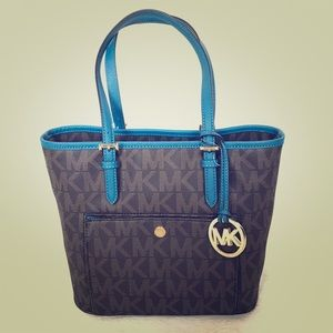 NEW Authentic Michael Kors Pocket Tote