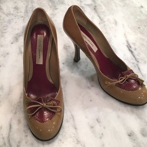 Marc Jacobs Shoes - Marc Jacobs Patent & Crocodile Leather Heels & Bow