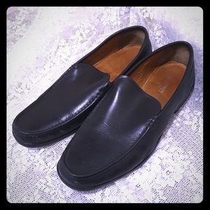 Florsheim Other - FLORSHEIM BLACK LEATHER LOAFER