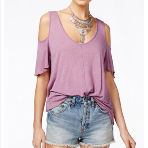 4a1f3af0e35c0 Free People NWT Purple Bittersweet Cold Shoulder T