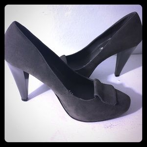 Abaete Shoes - Grey suede pumps Size 7