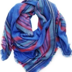 NEW AERIE COZY OVERSIZED STRIPED BLANKET SCARF. OS