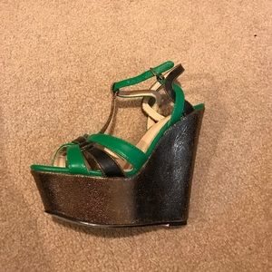 Shoe Dazzle Shoes - Green & Black wedges with gold metallic wedge