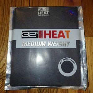 32 Degrees  Tops - 32 Degrees Heat Medium Weight Long Sleeve Top S