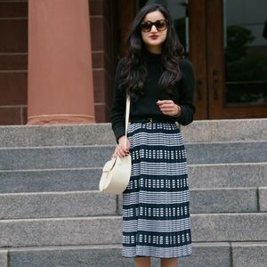 {j. crew} 🌿 navy striped knit sweater midi skirt