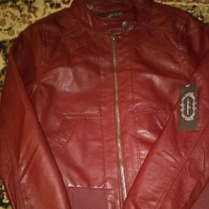 Ambiance Apparel Jackets & Blazers - 💚 Ambiance Apparel 💚 leather jacket with hood