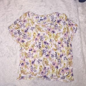 Old Navy Floral t shirt