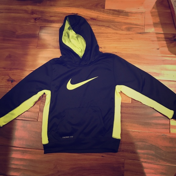 Boys Nike sweater Black with neon green Nike sign Nike