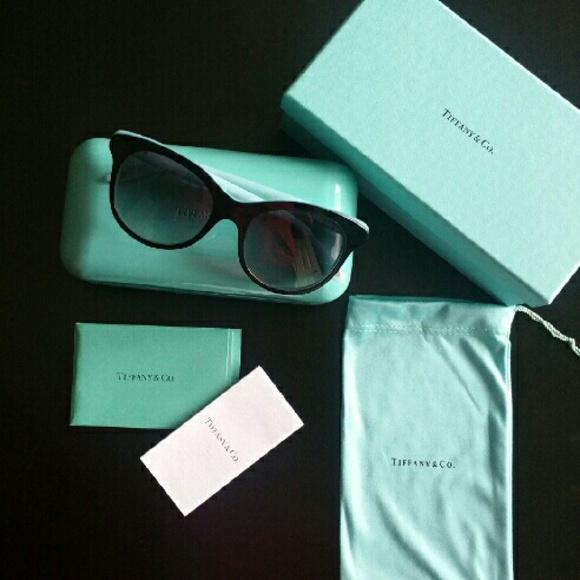 bc75f5b40e Tiffany 1837 Round Sunglasses
