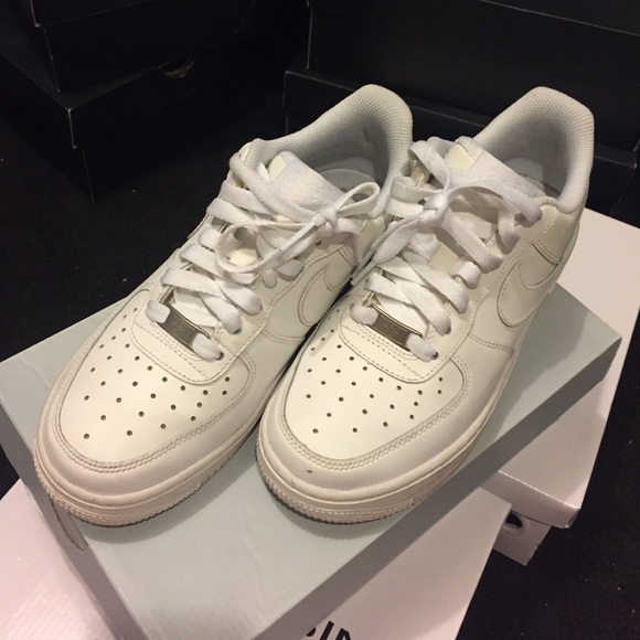 san francisco 6bb80 62aba Low top all white AF1s
