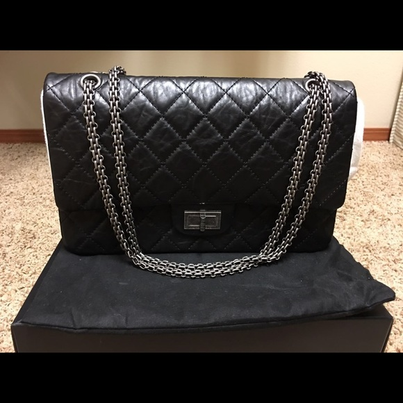 1bf716c28175 CHANEL LARGE 2.55 FLAP BAG