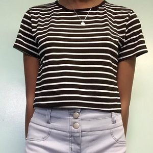 Short Sleeve Striped Cropped Tee