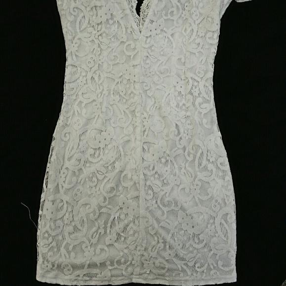 Tobi Dresses - *Gorgeous White Lace TOBI Dress*