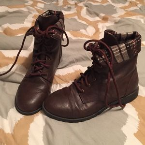 American Eagle by Payless Shoes - Brown boots. Like new. American Eagle brand.