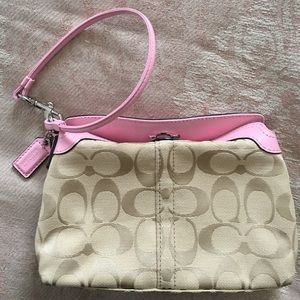 Coach Wristlet clutch bag