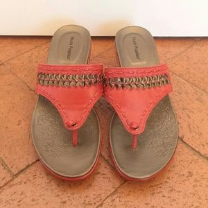 Hush Puppies Shoes - Hush Puppies Red Leather Sandals Sz 6.5M