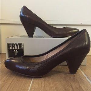 Frye Shoes - BRAND NEW IN BOX Frye heels Regina Pump -SVL