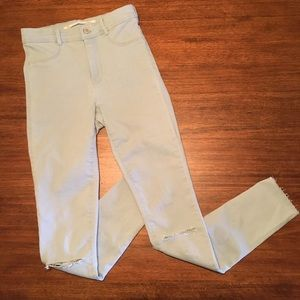 Zara Ripped Pants in Light Blue denim