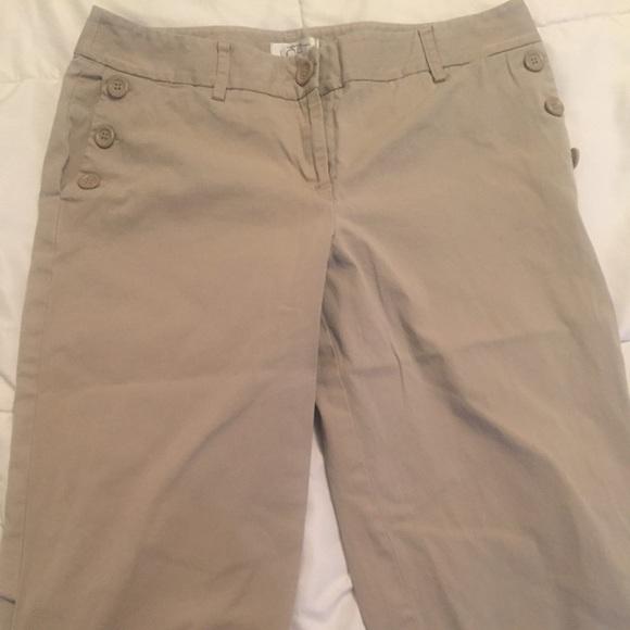 75% off Ann Taylor Pants - Ladies Size 12 Knee Length Khaki Shorts ...