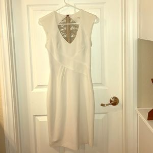 Black Halo Dresses & Skirts - Gorgeous White Dress By Black Halo-Size 0