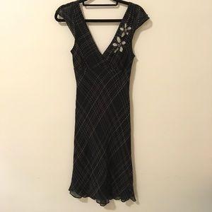BCBGMaxAzria Dresses & Skirts - BCBGMaxAzria Black Needle Point Print Midi Dress