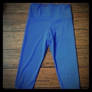 Onzie blue workout leggings