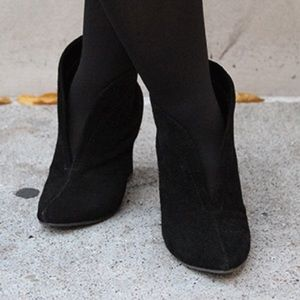 Steve Madden Secret Black Suede Wedge Booties