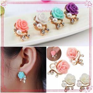 Jewelry - Rose & Pearl Earrings