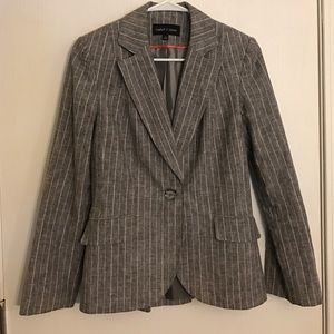 isabel & nina Jackets & Blazers - Gray and White Blazer