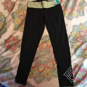 Size S VS Pink yoga pants