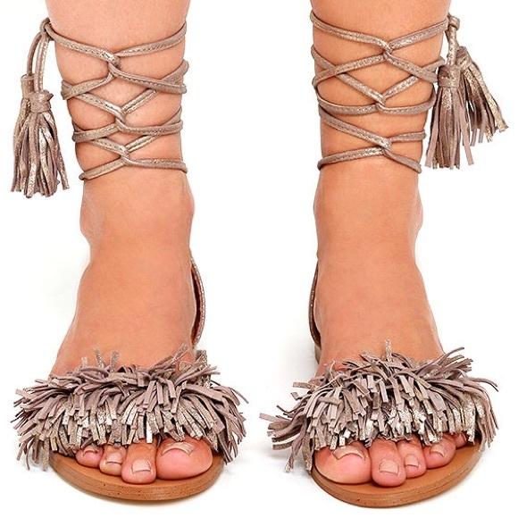 4751b470715 BRAND NEW Steve Madden Sweetyy Sandals