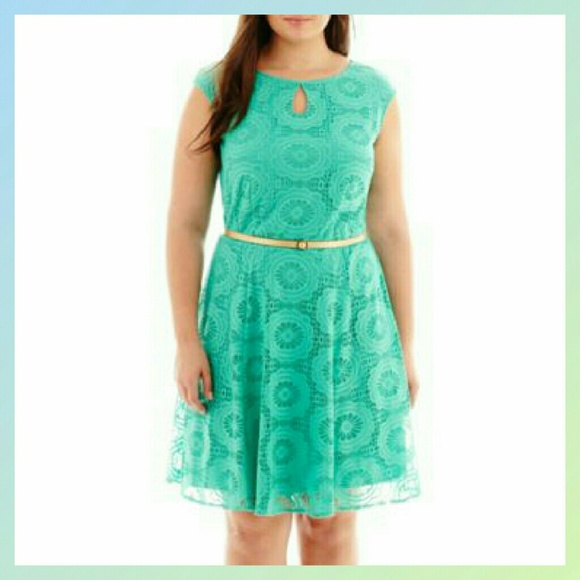 Plus Size Turquoise Lace Overlay A-Line Dress