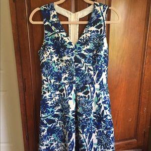 Flower dress blue and white NWOT