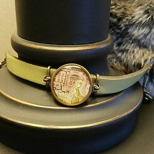 Jewelry - Leather vintage stamp bracelet