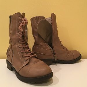 White Mountaineering Shoes - BARELY WORN TAN COMBAT BOOTS