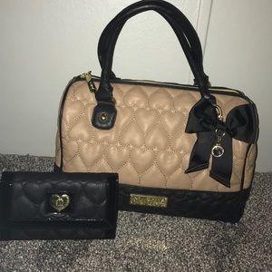 Betsey Johnson Handbags - Betsey Johnson purse & wallet