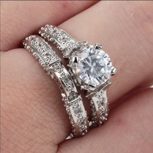 Jewelry - 925 Sterling Silver Plated Wedding ring set