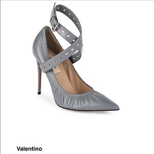 Valentino gromet shoe brand new 6.5