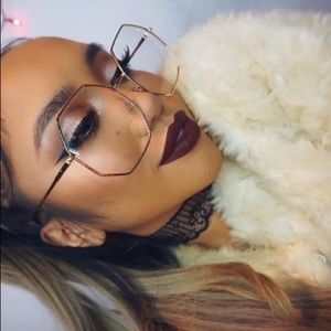 Accessories - NWT OVERSIZED GOLD OCTAGON CLEAR HIPPIE SUNGLASSES