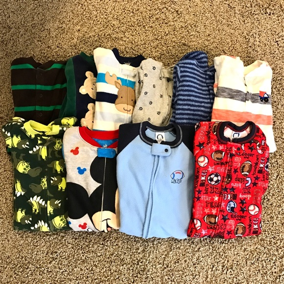 8f014bee0e8a Carter s Other - 6-9 Month Old Baby Boy Pajama Sleeper Clothes
