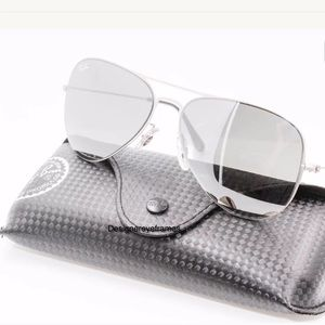 Super Hot Silver Ray Ban aviators mirrored lenses