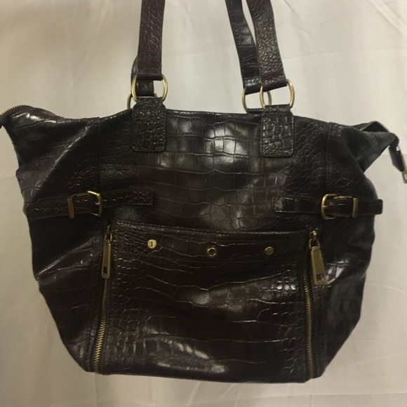 1d94850c52 YSL Classic Leather Bag. M 58868e7bfbf6f9ef0b01f1fd