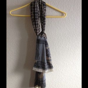 Street one Accessories - Scarf