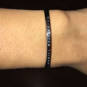 Daniel Wellington Jewelry - Classic Cuff