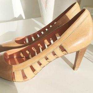 Via Spiga Shoes - Tan / Nude Via Spiga Bird Cage Leather Heels