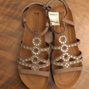 Mephisto Shoes - New Mephisto sandles with rhinestones