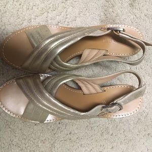 J. Crew Shoes - ❤️J. Crew Gold Heels! Only worn ONCE!! ❤️