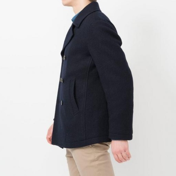 546af2f1064 Uniqlo Men s Jersey Wool Blended Peacoat. M 5886a3fa4225bed69c024f2e