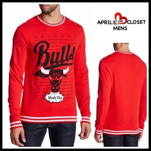 Boutique Other - CHICAGO BULLS Pullover Tee